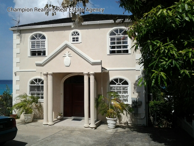 Real Estate - Saint James - Front view